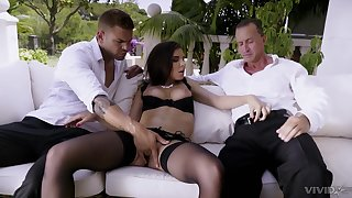 Brunette babe in stockings Henessy pounded gets cum in a MMF threesome