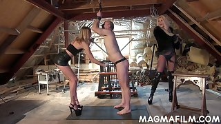 Domina Mandy Slim added to her associate put on strapon added to fuck submissive