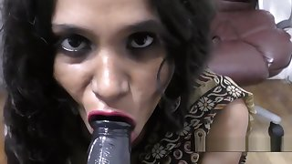 Hot Indian Aunty scurrilous talking and blowjob