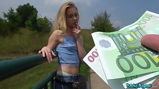 Innocent Alecia Fox receives an indecent proposal foreigner Public Agent